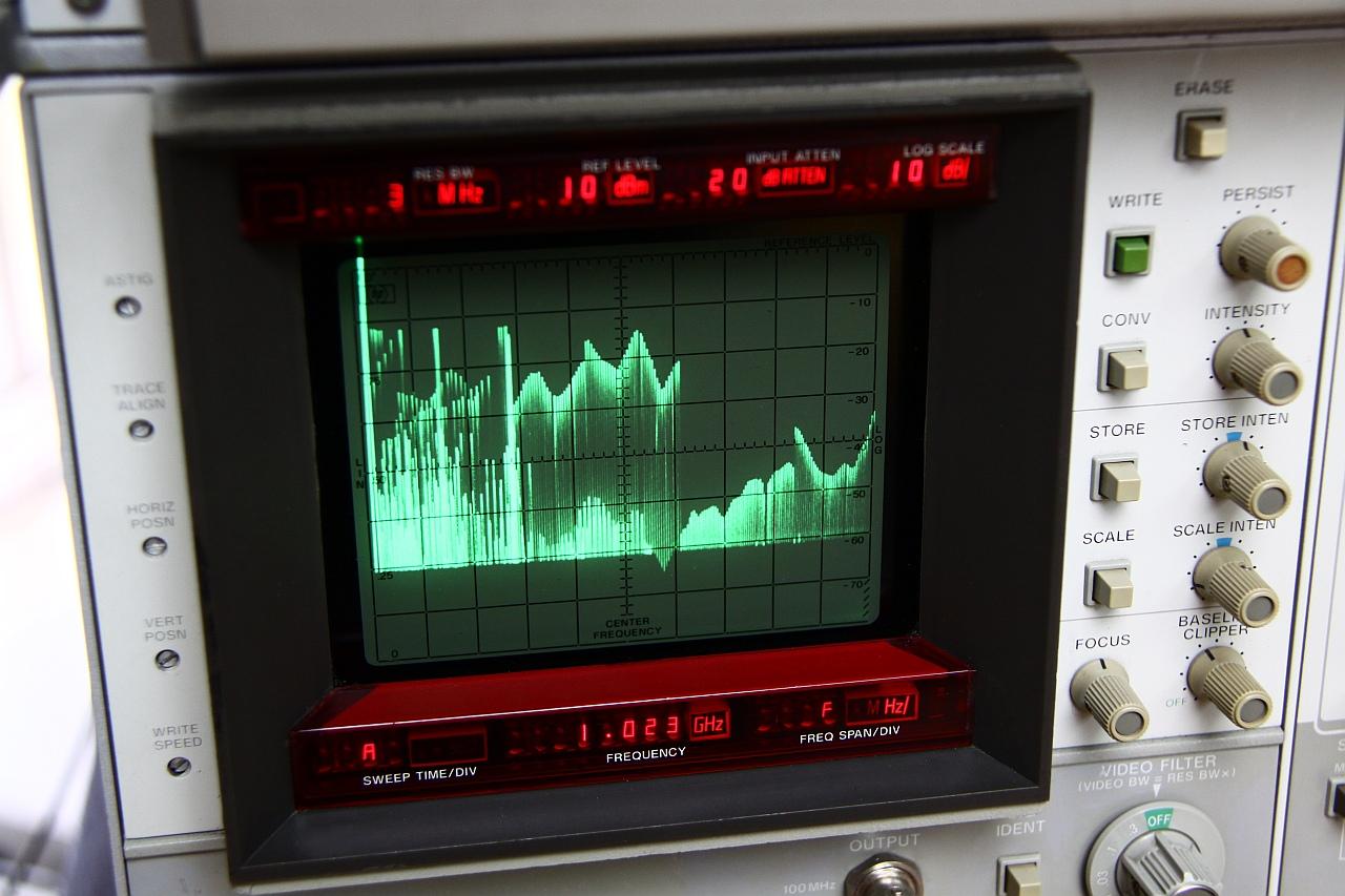 Schlumberger 4002 signal generator – [mjuː]wave